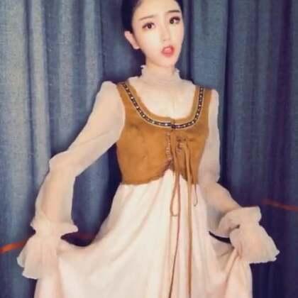 有木有跟我一样爱长裙的🤗#精选##穿秀##我要上热门#@美拍小助手