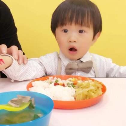 King宝的一些🎒日常合集,每天有不同丰富多彩的课程,烹饪小厨师16号再剪辑吧…宝贝你需要学会独立自主的能力,而妈妈也总有一天会退出你的生活,你终将独自面对这个世界#宝宝#
