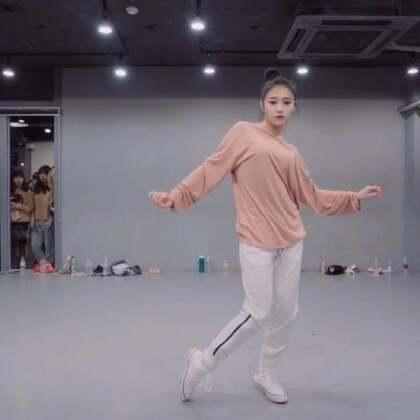 #舞蹈##1milliondancestudio# 【4.29-5.1在重庆】Yoojung Lee编舞Never Be The Same更多精彩视频请关注微信公众号:1MILLIONofficial 微信客服请咨询:Million1zkk