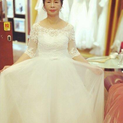 谢谢我的女儿为我实现婚纱梦,希望@a-XUxin 一辈子对他好#精选##葫芦狗的日常##晒偶像大赛#