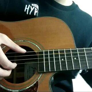 #吉他弹唱##吉他指弹##纸短情长吉他# 我真的好想你 在每一个雨季 你选择遗忘的 是我最不舍的