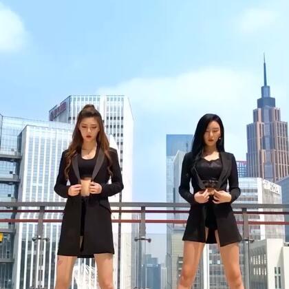 差点被自己帅倒了!@lulu仙女 @172雪球🌹 @舞蹈频道官方账号 #精选##舞蹈##我要上热门#