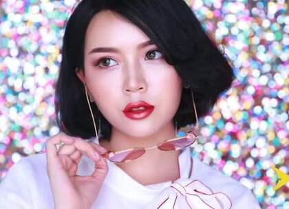 酷酷的欧美妆,用时下流行的偏光色眼影来打造最适合不过了,既然是欧美妆,当然眼线也要上扬哦,这样整体妆容才更搭!