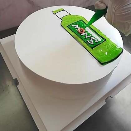 #美食##蛋糕##甜品#干了这瓶不会醉的啤酒😄