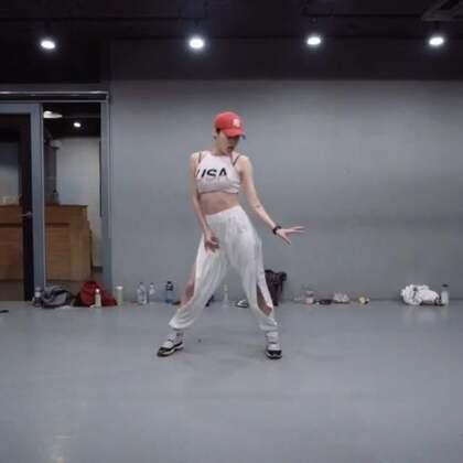 #舞蹈##1milliondancestudio# 【4.29-5.1在重庆】Hyojin Choi编舞Plain Jane remix 更多精彩视频请关注微信公众号:1MILLIONofficial 微信客服请咨询:Million1zkk
