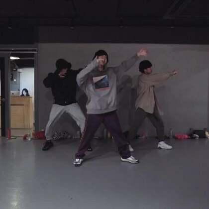 #舞蹈##1milliondancestudio# 【4.29-5.1在重庆】Junsun Yoo编舞Yammy Gang 更多精彩视频请关注微信公众号:1MILLIONofficial 微信客服请咨询:Million1zkk