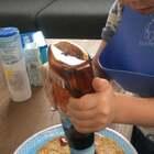#宝宝##吃秀##荷兰混血小小志&柒#小志吃到想念的荷兰煎饼啦... ... 刚才吃完一个,这个是第二个,棒棒哒小伙子!