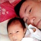 宝宝长个了,都快抱不动了,昨天晚上又折腾你妈我两一晚上,闹吧你就。。😂#热门##搞笑##自拍#