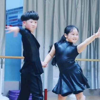 #舞蹈##少儿拉丁舞#努力不苦,且甜??