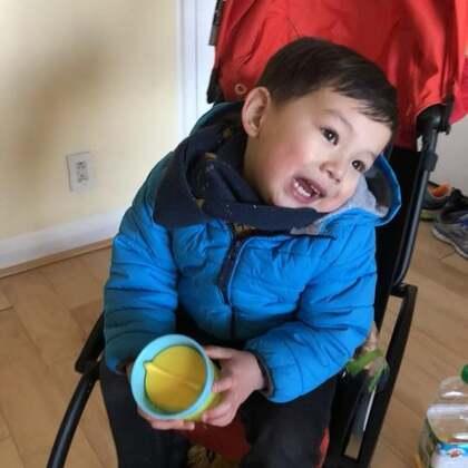 #宝宝#试试美拍新功能,随便选了一些在幼儿园和家里的照片。
