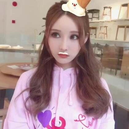 #你是我的小甜甜##亚洲天使爱瑞丽##自拍#我要五个汉堡( ´・ᴗ・` )