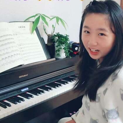 """丽奈第一节汉语课、学了一首中国歌曲""""小星星"""" 练了好几遍了🤣唱得怎么样啊?最后需要掌声响起来👏👏👏@美拍小助手 @小慧姐在日本 #音乐##精选##钢琴#"""