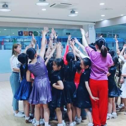 #舞蹈#比赛前,你的老师会嘱咐你些什么呢?大家一起加油??