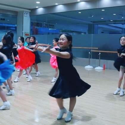 #舞蹈##拉丁舞#6、7、8岁组模拟赛-恰恰,请你当评委??