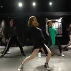 Cherry@喻霖_cherry & Minoko@MINAKO漢堡太辣 联合编舞Slumber Party!!😱😱打call!!这样的编舞你们喜欢嘛😍😍@嘉禾舞社望京店#舞蹈##嘉禾舞社#