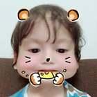 Nom nom 😋 my cute hamster 😆 #宝宝##家有萌宝宝#