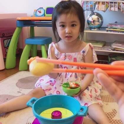 吃个火锅,练下筷子功💪#宝宝##金宝3y+3m#+16