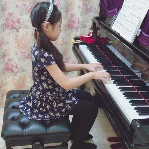 【昆(娃娃妈妈)??美拍】??车尔尼299-11??#音乐##钢琴##...