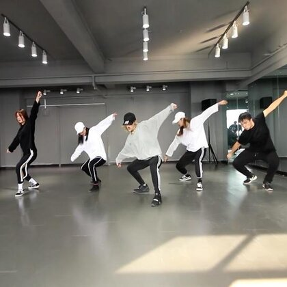 #舞蹈##urban dance##敏雅音乐# music : tory lanez - save it 教练班两节课随堂,akanen的女神风和钢炮式爆发,是我的最爱