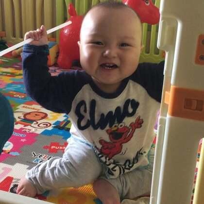 #宝宝#午睡起床后自己玩,玩了快一个小时😄琛琛10个月+1天❤️