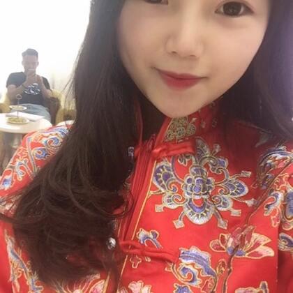 6月拍婚纱照了 所以没有经验直接找了义乌第一品牌第一大的婚纱店。然后就定了 这速度不到一个小时哈哈哈。今天就顺便感受一下了。然后我吃了两份小炒肉哈哈哈@美拍小助手 #吃秀#