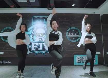 厦门E-Five流行舞蹈工作室 杨小老师 JAZZ 课程 #热门##舞蹈#@美拍小助手
