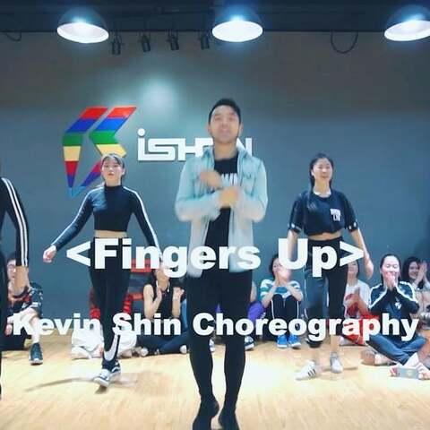 【阔少_申旭阔美拍】#舞蹈##魔性顶髋舞##fingers up#...