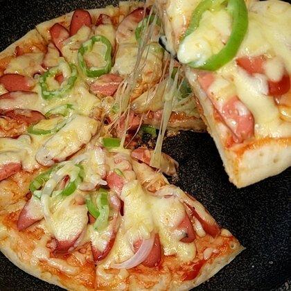 家庭版披萨,做起来,很好吃哦😊谢谢大家一路的支持😁爱你们👄#美食#