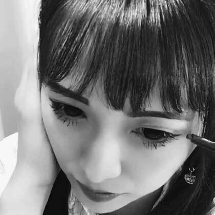 #神笔马良挑战# 努力控制不眨眼眼泪都要出来了,虽然装的不太像😂😂😂😂😂@美拍小助手 @美拍精选官方账号 #精选#