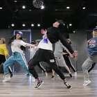 跟着波波老师@Evil-bobo 的步伐回老学校~~~,Back to Old School,Back to Original,Back to Hip hop !@嘉禾舞社国贸店#舞蹈##嘉禾舞社#