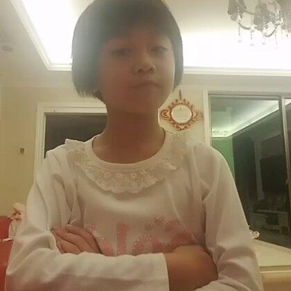 #小可爱与小领带手势舞#你们看吧,我不说了,去玩第五人格了~@婧怡💰🐭 @游戏后【互粉】