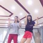 母亲节赶个尾巴!和我妈跳舞每次都笑的不行,以后应该放到花絮里哈哈哈ヾ?≧?≦)o#我的妈妈是女神#