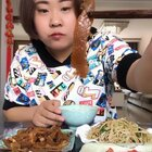 #吃秀##吃货#两三天没吃辣的东西了,来两包冷吃解解馋,牛肚丝,鸭菌把。还做了西红柿炒鸡蛋,豆芽拌豆腐丝,还有老妈钦点的土豆丝,里面放点粉条也很好吃😍😍😍冷吃店铺戳这里👉👉👉 https://weidian.com/s/1274040842?ifr=shopdetail&wfr=c