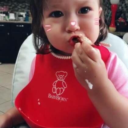 宝宝吃大肉😋宝宝爱不爱吃饭,其实完全取决于厨子👩🍳🤣🤣🤣#宝宝##吃秀##我要上热门#@美拍小助手 @宝宝频道官方账号 @混血宝宝大本营