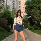 #精选##舞蹈#??一曲#大笑江湖#,送给你们~??别跑呀,点个赞!