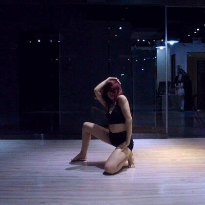 tinashe-C'est la vie#倩儿编舞#最近偏爱这样的音乐❤️这是我对这首歌的理解@广州MEGASOUL舞蹈培训 #我要上热门##爵士舞#