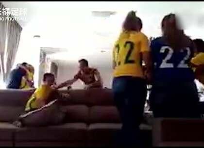 #乐播HOT#登上世界杯最高舞台!巴西后卫与家人演示什么叫真正的幸福!#法甲##巴西#