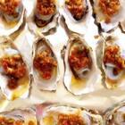 #吃货##美食# 嘿嘿……我超市买了15个海蛎子 花了14.8元 烤了一大盘。想想就超满足……哈哈……主要是好吃,跟着我做超级美味~哈。还有 料理机没有牌子,我还忘记给大家拍了,等我明天哈 明天拍给你们看。