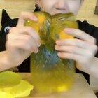 吃个我自己做的猫头鹰果冻#美食##自制美食##我要上热门@美拍小助手#