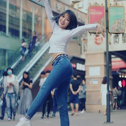 #大笑江湖##精选##舞蹈#我的大刀早已饥渴难耐~@美拍小助手