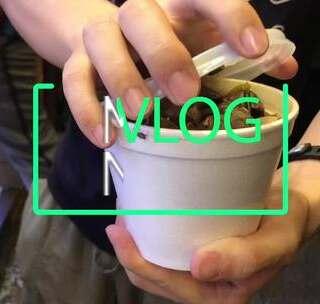 【叫我国庆 香港】:带你去买香港街边小吃!(下),在街头忘我开吃!#动旅游Vlog##带着美拍去旅行##5分钟美拍#