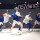 #舞蹈#D57Yu老师编舞《Puma》,Yu老师的编舞真是又美又帅!不说了,赶紧转发收藏下载到手机里学起来~@美拍小助手 #运动#