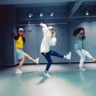 #舞蹈##exo-cbx - horololo##敏雅音乐# exo - horololo赶猪舞~ 先小小预告一击,K-pop班已经在教了,快来一起horololo🐷 @美拍小助手 @敏雅可乐