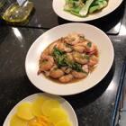 #简单的晚餐#😋~蚝油小白菜 、🦐油焖大虾、泽庵(日式腌萝卜)、米饭🍚~ 🌸🌸 @小貝xiaobei♨️🇺🇸