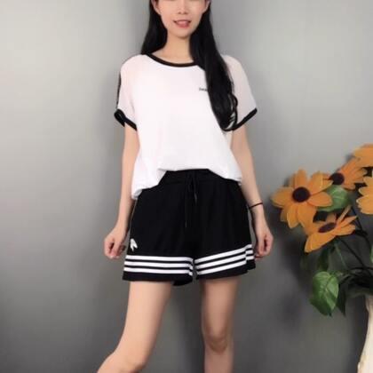 #精选##穿秀##求上一次热门#
