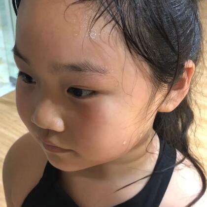 #舞蹈##宝儿小公举#小胖妹总要付出比常人更多的努力