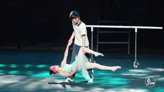 95后聋人女孩把人生经历编成舞台剧,上《中国好舞蹈》征服金星 ...