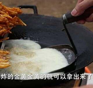这么大的螃蟹才卖2元一只,欢子这是要亏掉短裤的节奏吗?欢子TV出品#欢子TV##美食##吃货#