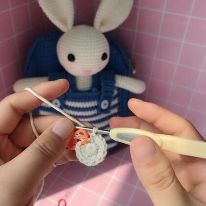 小兔子玩偶教程-2@美拍小助手 #手工#
