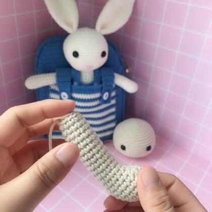 小兔子玩偶教程-9@美拍小助手 #手工#